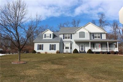 New Windsor Single Family Home For Sale: 103 Winding Brook Court