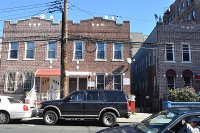 Multi Family 2-4 For Sale: 1124 Ward Avenue