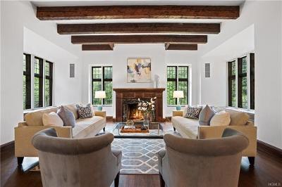 Pelham Single Family Home For Sale: 15 Hillcrest Drive