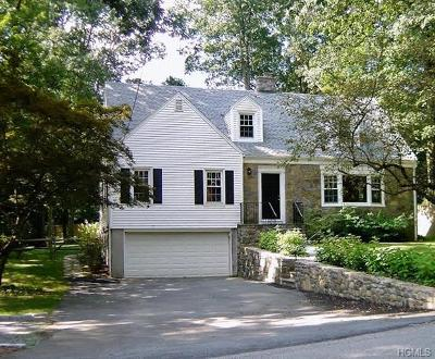 Chappaqua Single Family Home For Sale: 16 Roaring Brook Road