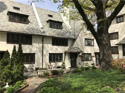 Westchester County Single Family Home For Sale: 43 Sagamore Road