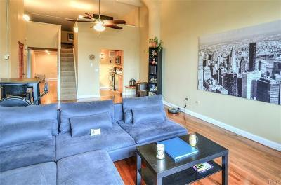 Westchester County Condo/Townhouse For Sale: 1 Landmark Square #109
