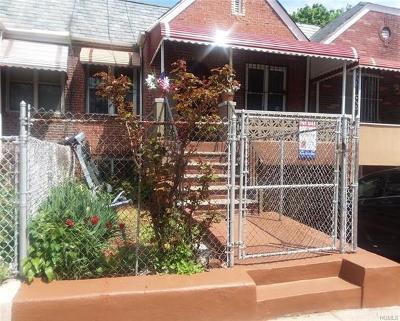 Multi Family 2-4 For Sale: 926 Boynton Avenue