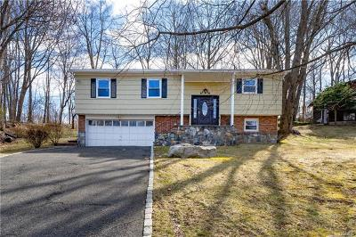 Yorktown Heights Single Family Home For Sale: 3260 North Deerfield Avenue