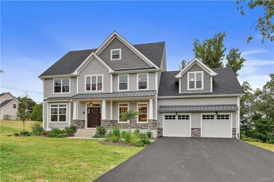Chappaqua Single Family Home For Sale: 4 Point Place