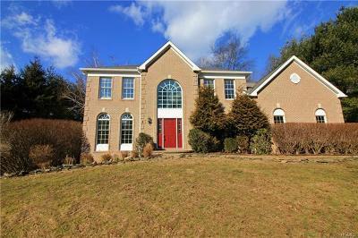 Somers Single Family Home For Sale: 1 Hyatt Lane
