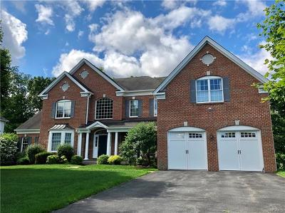 Cortlandt Manor Single Family Home For Sale: 11 Sassinoro Boulevard