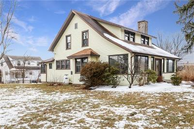 Westchester County Single Family Home For Sale: 11 Carpenter Place