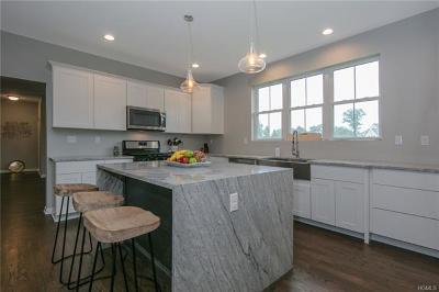 Chester Single Family Home For Sale: 4 Heidi Lane