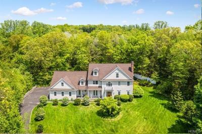 Connecticut Single Family Home For Sale: 5 Quail Ridge