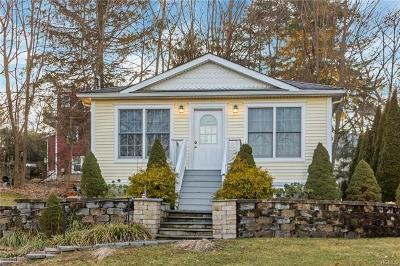 Westchester County Single Family Home For Sale: 32 Bonnieview Street