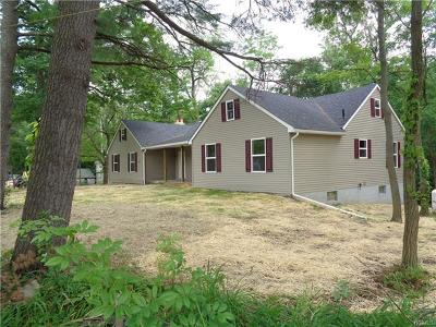 Montgomery Single Family Home For Sale: 798 Bullville Road