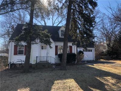 White Plains Single Family Home For Sale: 27 Kass Road