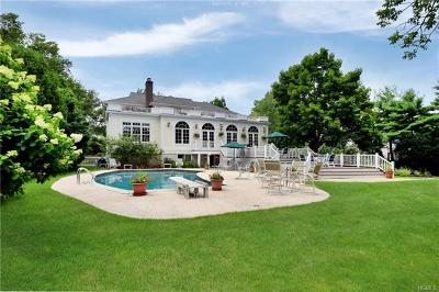 Mamaroneck Single Family Home For Sale: 8 Fairway Drive