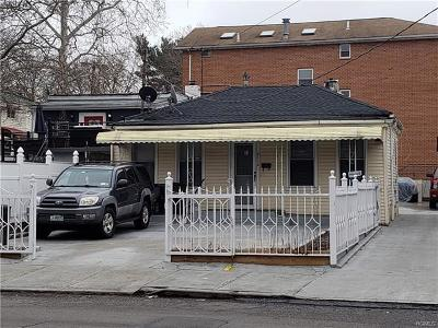 Bronx NY Single Family Home For Sale: $425,000