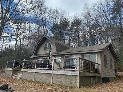 Highland Lake Single Family Home For Sale: 44 Devenoge Drive