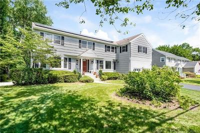 Westchester County Single Family Home For Sale: 4 Willowbrook Road
