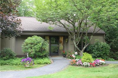 Somers Condo/Townhouse For Sale: 384 Heritage Hills #D