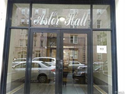 Co-Operative For Sale: 2187 Holland Avenue #1L