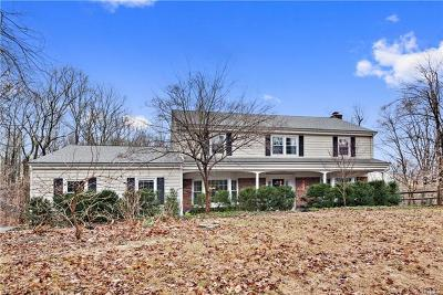 Westchester County Single Family Home For Sale: 52 Honey Hollow Road