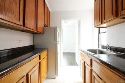 Yonkers Rental For Rent: 43 Amberson #6E