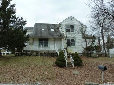 Garnerville Single Family Home For Sale: 18 Maple Avenue