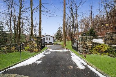 Single Family Home For Sale: 263 Mill River Road