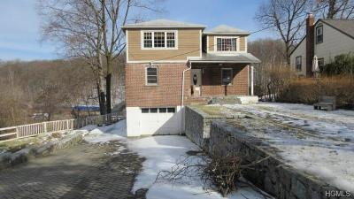 Yonkers Single Family Home For Sale: 74 Sudbury Drive