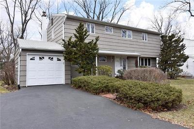 Westchester County Single Family Home For Sale: 18 Westway