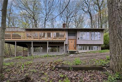 Tuxedo Park Single Family Home For Sale: 179 Fawn Hill Road