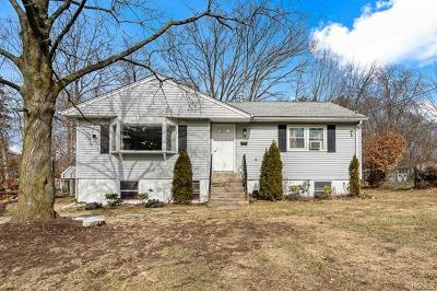 Rockland County Single Family Home For Sale: 8 Mirror Lake Road