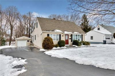 Rockland County Single Family Home For Sale: 14 Crescent Lane