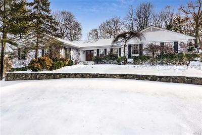 Westchester County Single Family Home For Sale: 18 Reynolds Lane