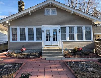 Greenwood Lake Single Family Home For Sale: 717 Jersey Avenue