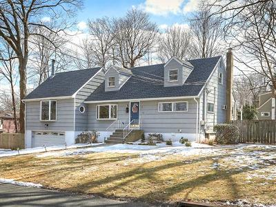 Single Family Home For Sale: 1 Bellows Lane