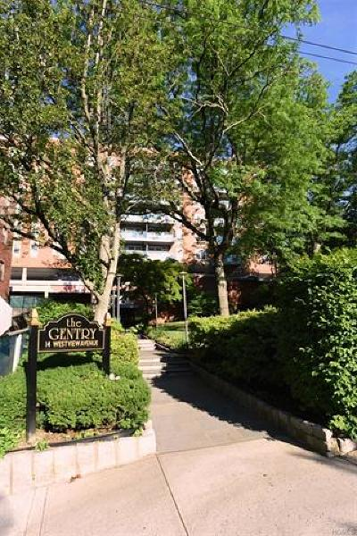 Westchester County Co-Operative For Sale: 14 Westview Avenue #714