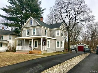 Monroe Single Family Home For Sale: 112 Maple Avenue