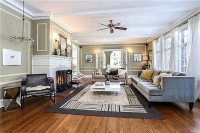 Scarsdale Single Family Home For Sale: 142 Edgemont Road
