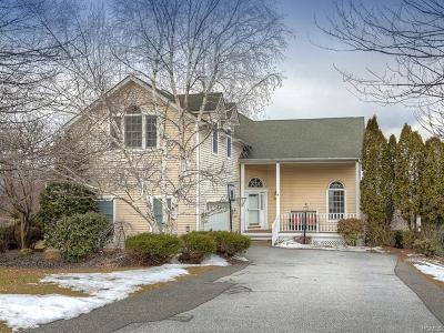 Warwick Single Family Home For Sale: 57 Ridgefield Road