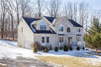 Yorktown Heights NY Single Family Home For Sale: $699,900