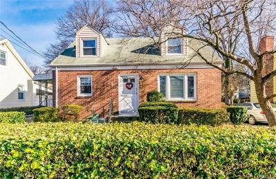 Yonkers Single Family Home For Sale: 54 Maple Place