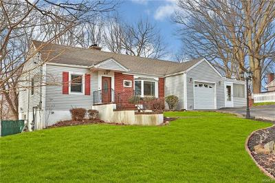 Westchester County Single Family Home For Sale: 49 Piping Rock Drive