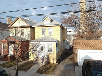 Bronx Single Family Home For Sale: 1562 Hering Avenue
