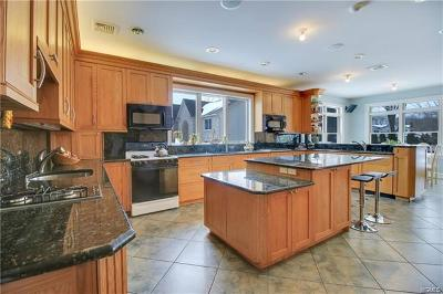 Rockland County Single Family Home For Sale: 5 Nelson Road
