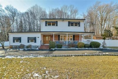 Rockland County Single Family Home For Sale: 81 Cherry Lane