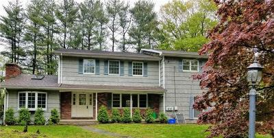 Rockland County Single Family Home For Sale: 4 Aspen Lane