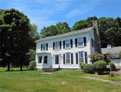 Westchester County Single Family Home For Sale: 702 Titicus Road