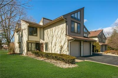 Rockland County Condo/Townhouse For Sale: 4 Windermere Brook Lane