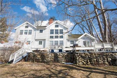 Brewster Single Family Home For Sale: 19 Middlebranch Lane