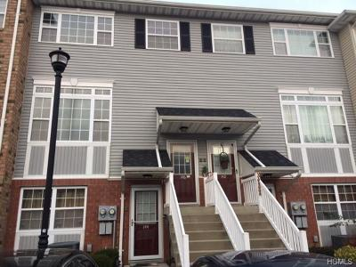 Bronx Condo/Townhouse For Sale: 146 Heron Lane